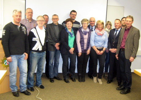 Die Unfallkommission des Kreises Olpe unter der Leitung von Heinz Kirchhoff, Leiter des Fachdienstes Straßenverkehr (rechts). (Foto: Polizei)