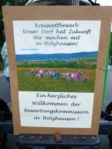 Holzhausen begrüßte 2014 die Bewertungskommission. (Foto: Kreis)