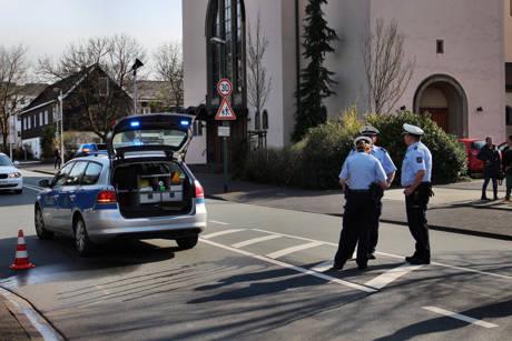 2015-04-13_Olpe_Verkehrsunfall_Person_eingeklemmt_Foto_mg_4