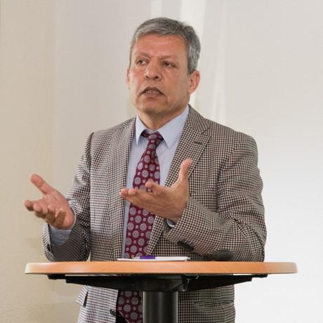 Prof. Dr. Madjid Fathi, Leiter des Instituts für Wissensbasierte Systeme und Wissensmanagement. (Foto: Uni)