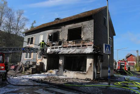 2015-04-28_Siegen-Trupbach_Wohnhausbrand_Explosion_Foto_mg_9