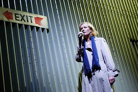 Gilla Cremer in der Rolle der Knef | Foto: Apollo-Theater