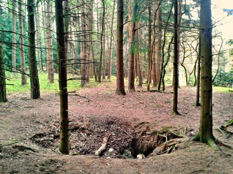 2015-04-30_Wilnsdorf-Wilgersdorf_Neue_Hoffnung_Bergbau_Loch_Foto_Hercher_01