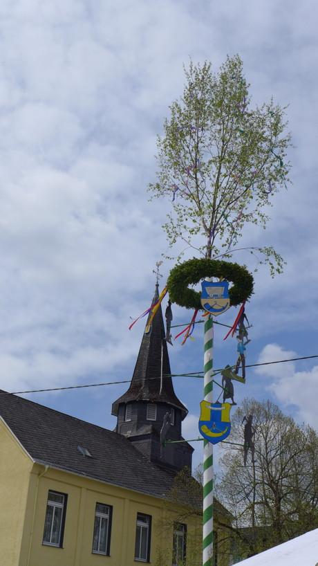 2015-05-02_Littfeld-Burgholdinghausen_Maibaumfest_Foto_Heimatverein_05