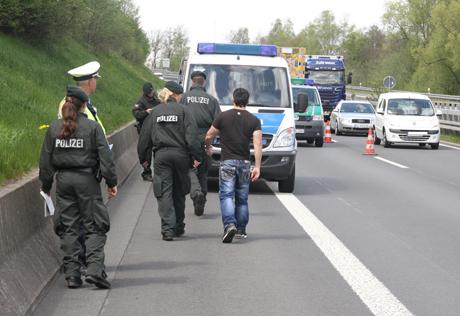 2015-05-07_Kreuztal_Kontrolle_Polizeikontrolle_Archiv