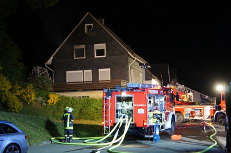 2015-05-28_Wilnsdorf-Wilden_Feuer4_Zimmerbrand_Schwerstverletzter_Foto_Hercher_01