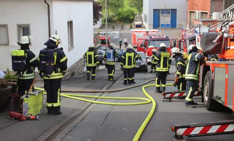 Kellerbrand-Feuer-Geisweid (3)