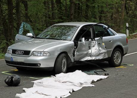Tödlicher-Motorrad-unfall-Burbach