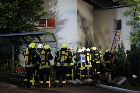 2015-06-02_Neunkirchen_Kölner Str 220_Zimmerbrand_MANV1_39 Personen evakuiert_Foto_Hercher_04