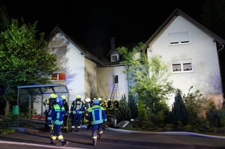 2015-06-02_Neunkirchen_Kölner Str 220_Zimmerbrand_MANV1_39 Personen evakuiert_Foto_Hercher_08