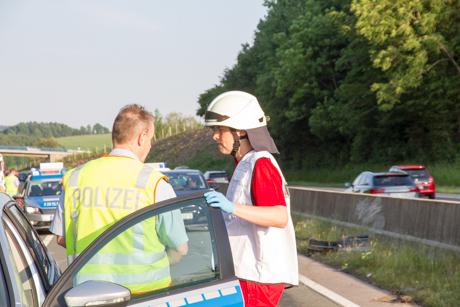 2015-06-14 VU P Autobahn-44