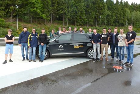 Fahrsicherheitstraining am Berufskolleg Technik. (Foto: Schule)