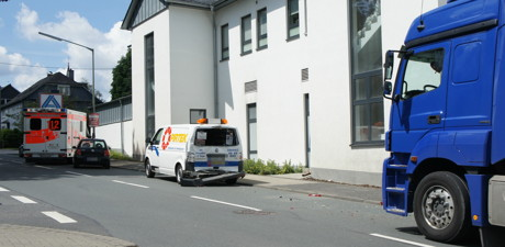 2015-06-25_Wilnsdorf_B54_Hagener Strasse_Karambolage_Foto_Hercher_01