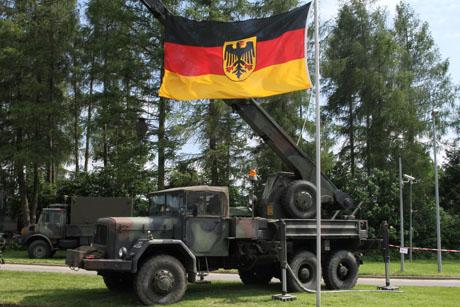 Hachenberg-Kaserne-TagderoffenenTür12