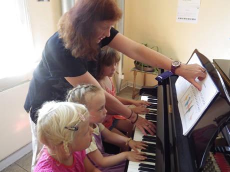 2015-07-13_Bad Berleburg_Ferienspiele_Klavier_Foto_Stadt_Bad Berleburg