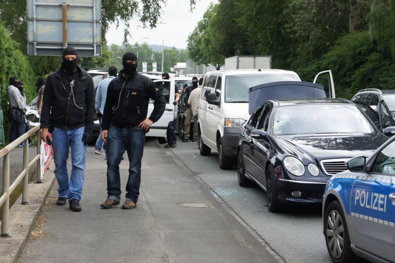 2015-07-15_Kreuztal-Kredenbach_SEK-Einsatz_Festnahme zwei Personen_Fotos_Hercher_04