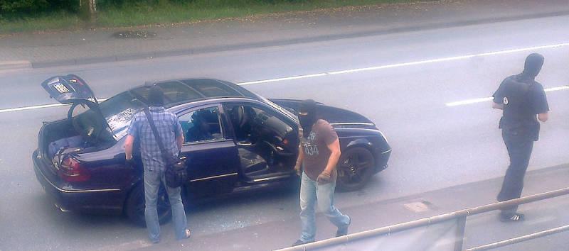 2015-07-15_Kreuztal-Kredenbach_SEK-Einsatz_Festnahme zwei Personen_Fotos_privat_3