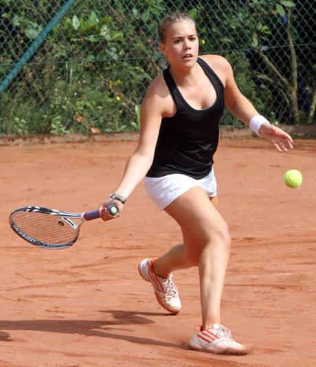 Damen-Vorjahressiegerin Antonia Oerter (1. TC Wahlbach)