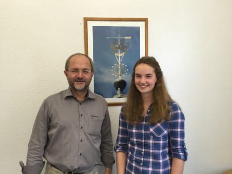 Volkmar Klein unterstützt Nina Schmidt bei ihrem Auslandsjahr in den USA. (Foto: privat)