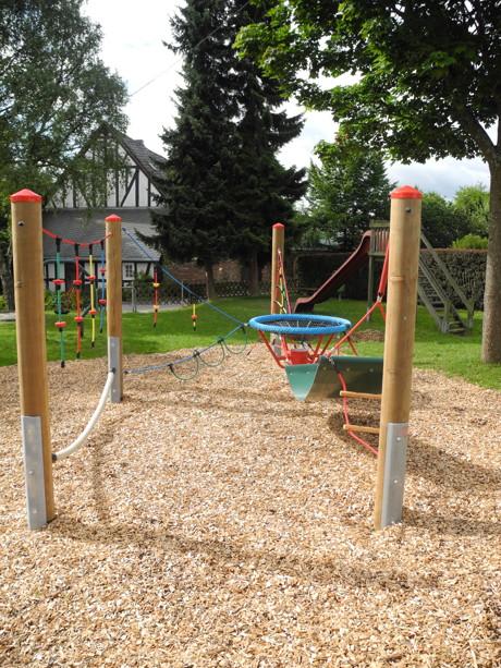 Der neue Adlerhorst auf dem Spielplatz in Holzhausen kann ab sofort erklettert werden.