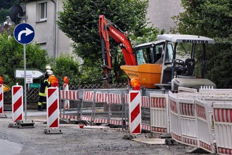 2015-08-04_Niederdresselndorf_L730_ABC2_Bagger beschädigt Gasleitung_Foto_Hercher_03