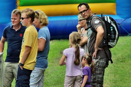 2015-08-08_Siegen_Eisernhardt_Flugplatzfest und Rundflug_Foto_Hercher_16