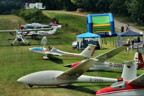 2015-08-08_Siegen_Eisernhardt_Flugplatzfest und Rundflug_Foto_Hercher_18