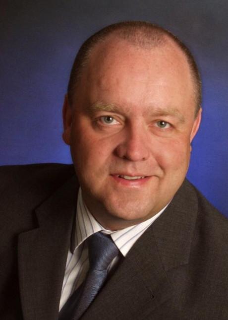 Peter Schönauer zeichnet als Sicherheitsbeauftragter der Breitscheider Airshow verantwortlich.