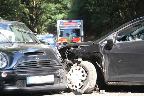 Verkehrsunfall-Schränke-Eiserfeld-L909