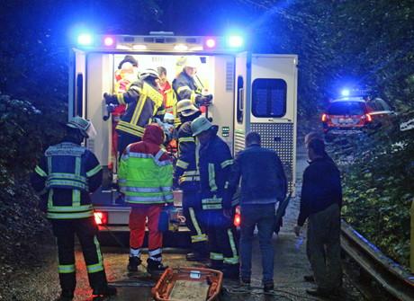 2015-09-16_Siegen_Fußgänger 25 Meter tiefen Abhang hinuntergestürzt_Foto_mg_04