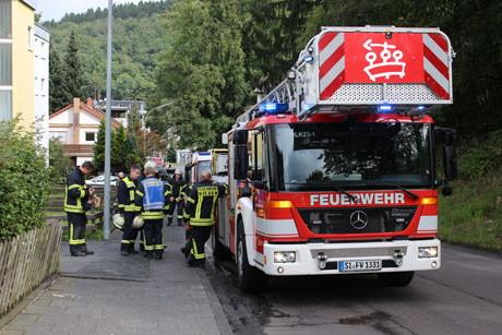 2015-09-20_Siegen_Wichernstr_Feuer4_Schwelbrand im Keller_Foto_mg_04