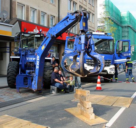 Blaulichtmeile-Feuerwehr-Siegen (3)