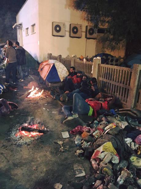 Flüchtlingsarbeit in Tovarnik 1 (c) SOS Konvoi