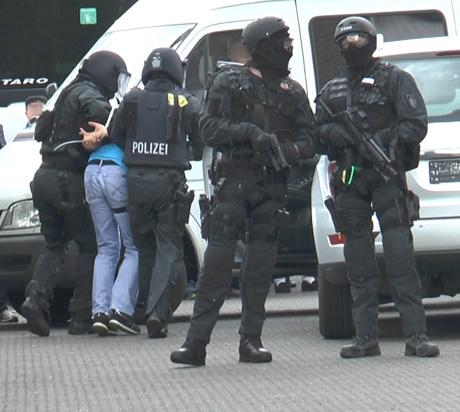 SEK-Einsatz_Verhaftung-Archiv