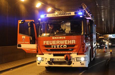 Siegen-Unfall-Wellersbergtunnel (1)