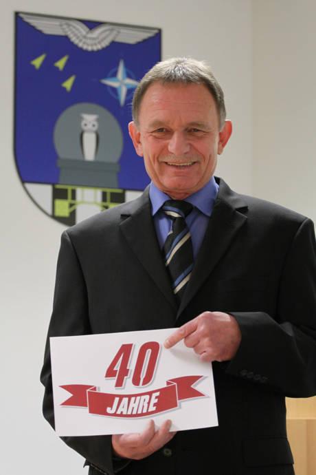 Jürgen Dittmann feierte in der letzten Woche sein 40-jähriges Dienstjubiläum am Luftwaffenstandort Erndtebrück. (Foto: Peter Hanke)