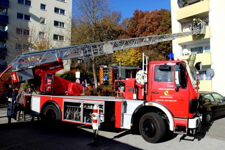 2015-11-03_Neunkirchen-Salchendorf_Kapellenweg_Brand auf Balkon_Foto_Hercher_01