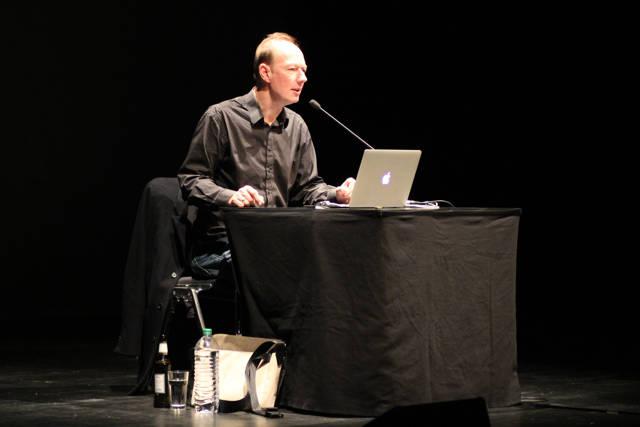 2015-11-03_Siegen_Apollo-Theater_Lesung Martin Sonneborn Die PARTEI_Foto_Hercher_02