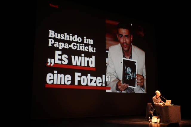 2015-11-03_Siegen_Apollo-Theater_Lesung Martin Sonneborn Die PARTEI_Foto_Hercher_06