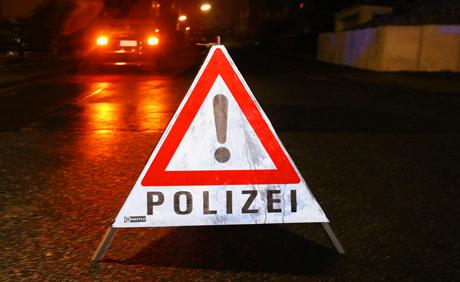 2015-11-14_Siegen_Polizei_Hinweis_Archiv_M.g
