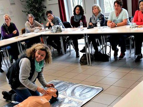 Helferinnen von Hand in Hand Neunkirchen e.V. wurden geschult. (Foto: Gemeinde Neunkirchen)