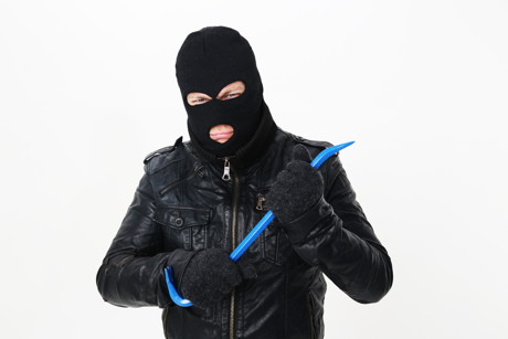 Einbrecher aktiv (Foto: Tim Reckmann  / pixelio.de)