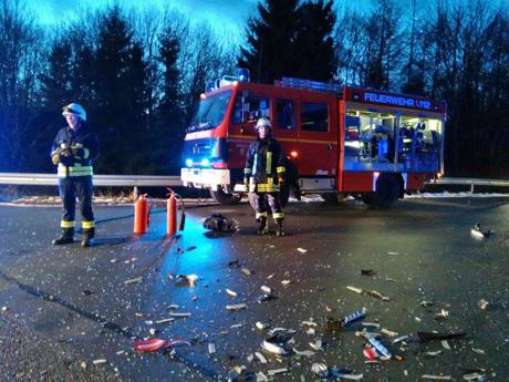 Trümmerfeld-Unfall-Burbach