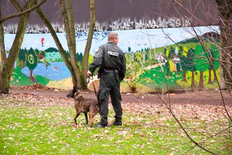 2015-12-02 POLIZEI Einsatz Siegen-22