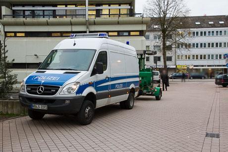 2015-12-02 POLIZEI Einsatz Siegen-48