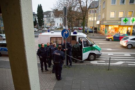 2015-12-02 POLIZEI Einsatz Siegen-58