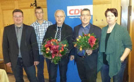 (v.l.n.r.) André Jung (CDU Fraktionsvorsitzender), Tomas Irle (Schriftführer), Ralph Müller (bisheriger Vorsitzender), Oliver Schneider (Vorsitzender), Ilka Moll (Stellv. Vorsitzende). (Foto: CDU)