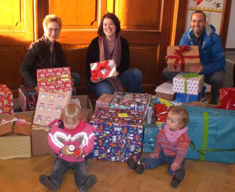 2015-12-19_Netphen_Flüchtlingskinder_Spenden (2)