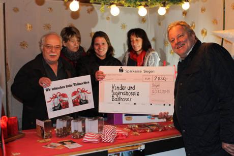 """Kraftfahrer helfen Kindern in Not"" - 2.850 Euro an Kinderhospiz gespendet. (Foto: privat)"