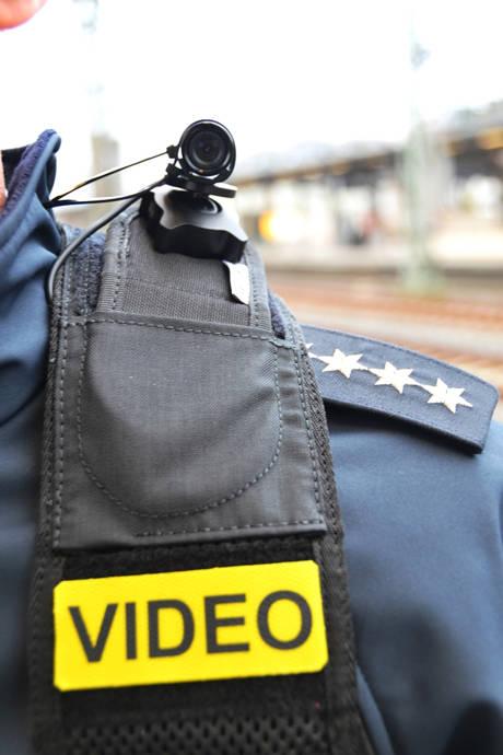 2016-01-29_St Augustin_Bundespolizei erprobt mobile Körperkameras_Foto_Bundespolizei_04